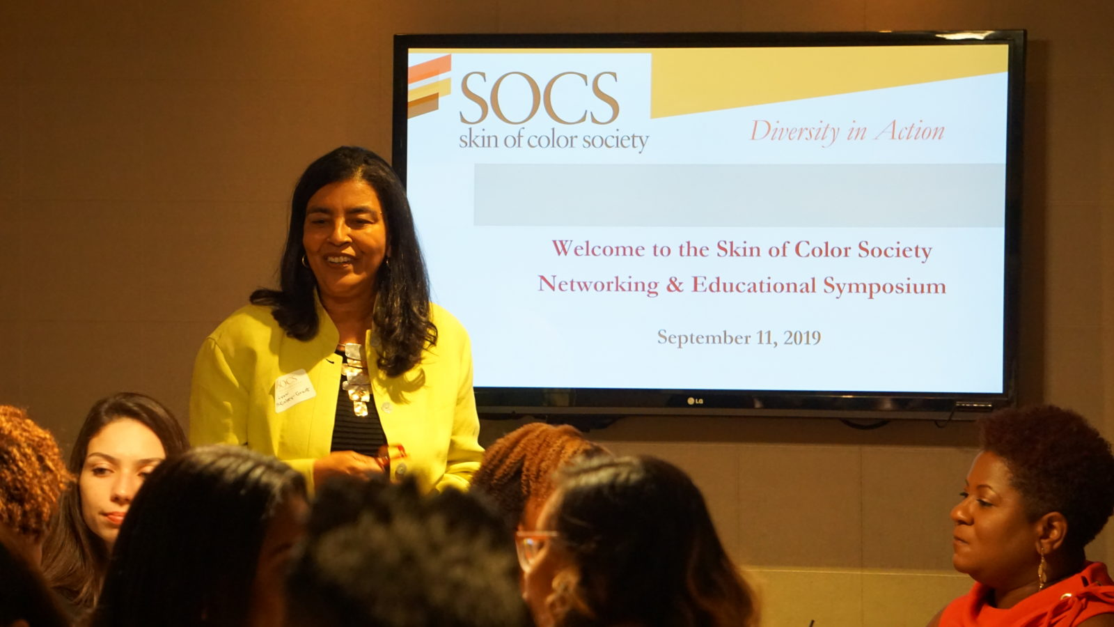 <h3><i>The Diversity Champion Networking Event in Chicago brings together a great group!</i></h3>-banner-image